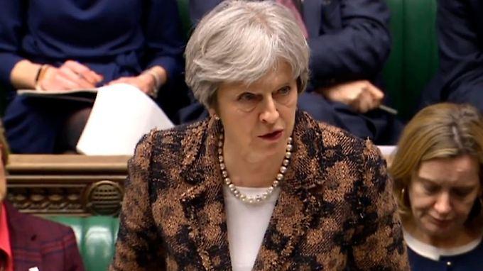Theresa May beriet mit ihrem Sicherheitsrat über mögliche Strafen gegen Russland.