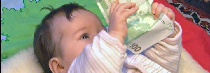 AfD entdeckt altes Thema: 343 Millionen Euro Kindergeld fließen ins EU-Ausland