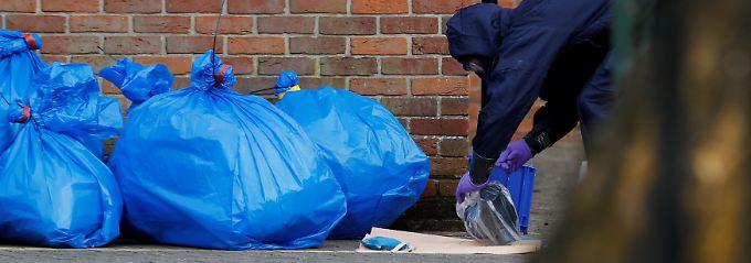 Nervengiftanschlag in England: Chemiewaffenexperten prüfen Skripals Blut