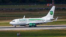 Missgeschick beim Ausparken: Germania-Flugzeug rammt El-Al-Maschine