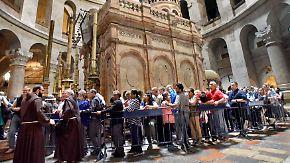 Ostern in Jerusalem: 3 Stunden anstehen, 30 Sekunden beten
