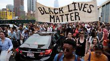 Tödliche Schüsse auf Schwarzen: US-Polizist wird aus Dienst entlassen