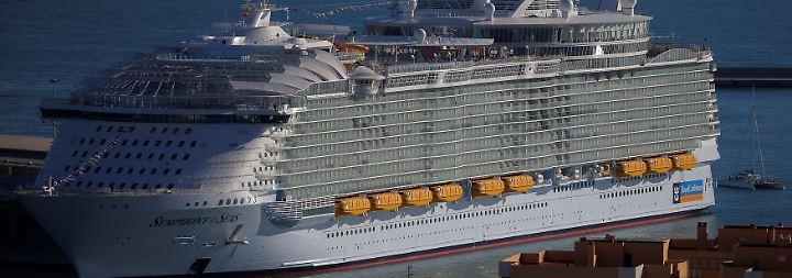 """Größtes Kreuzfahrtschiff der Welt: Das ist die """"Symphony of the Seas"""""""