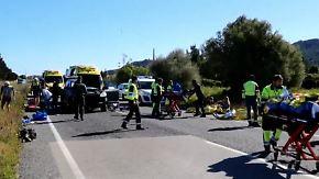 Ein Toter bei Unfall auf Mallorca: Porschefahrerin rast in deutsche Radsportgruppe