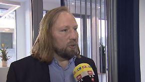 """Hofreiter zum Streit um Familiennachzug: """"Seehofer agiert als Wahlkampfminister für Bayern"""""""