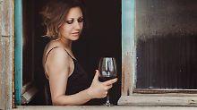 Wie viel ist zu viel?: Schon wenig Alkohol senkt Lebenserwartung