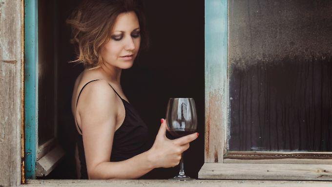 Ein 0,2-l-Glas Wein enthält um die 20 Gramm Alkohol (abhängig von den jeweiligen Volumenprozenten).
