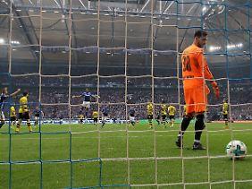 BVB-Keeper Roman Bürki sah beim 0:2 nicht gut aus. Damit war die Partie entschieden.