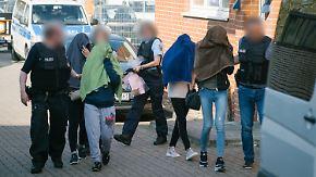 Großrazzia gegen Zwangsprostitution: Polizei sprengt bundesweites Zuhälternetzwerk