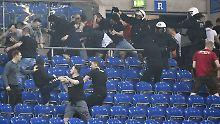 Eskalation nach Pokalhalbfinale: Fans prügeln sich noch im Stadion