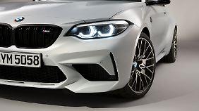 Die deutlich vergrößerten Lufteinlässe sind ein Markenzeichen des BMW M2 Competition.