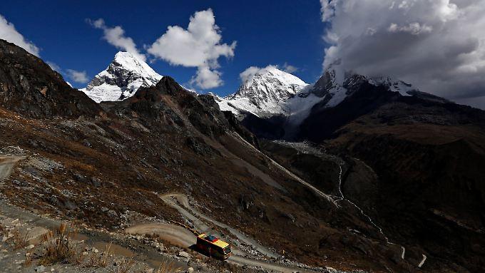 Zerklüftetes Land, schwierige Straßenverhältnisse: In Peru ist ein Kleinbus mit Reisenden aus Deutschland verunglückt (Archivbild).