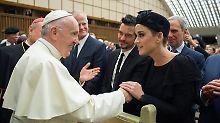 Gerüchte um Liebescomeback: Perry und Bloom turteln bei Papst-Audienz