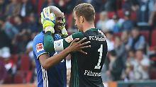 Geschafft: Schalkes Naldo und Torhüter Ralf Fährmann.