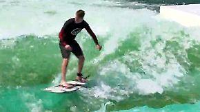 Paradies für Surfer: In NRW gibt es eine stehende Welle auf einem See