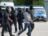 Entscheidung aus Karlsruhe: Togoer darf abgeschoben werden
