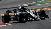 F1-Training in Barcelona: Hamilton hängt Vettel ab, Hartley crasht