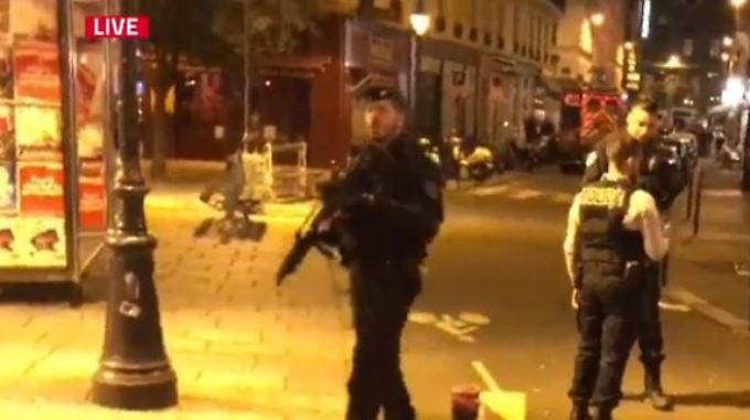 Sicherheitskräfte riegeln Teile der Pariser Innenstadt ab.
