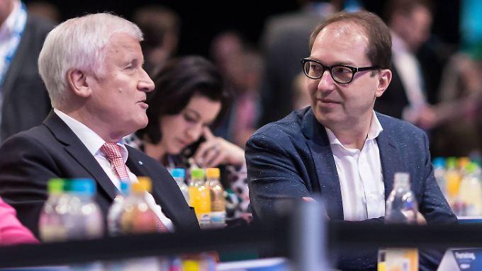 Wollen die AfD nun frontal angreifen: CSU-Chef Seehofer und Landesgruppenchef Dobrindt.