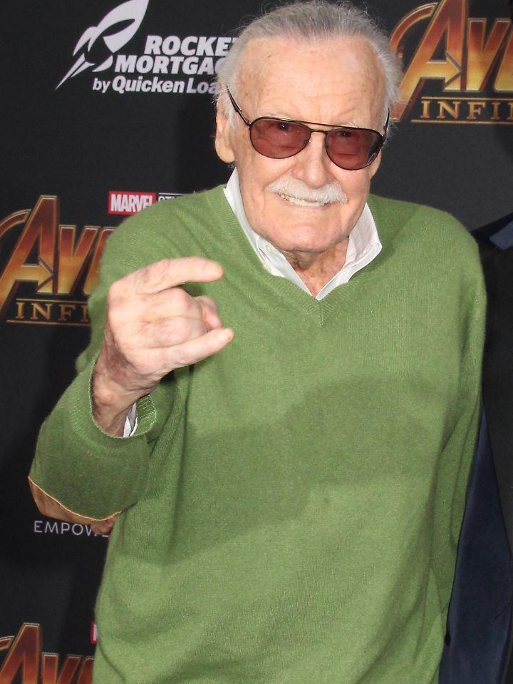 Stan Lee heißt mit bürgerlichem Namen Stanley Martin Lieber. Mit seiner Ehefrau Joan war er 70 Jahre verheiratet.