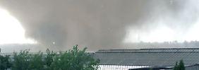 Schweres Unwetter im Westen: Tornado wütet in Nordrhein-Westfalen
