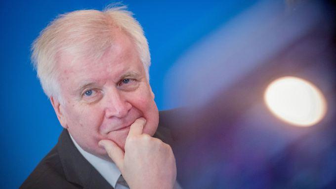 Horst Seehofer will als Bundesinnenminister Abschiebungen beschleunigen.