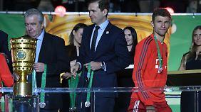Den Pokal sieht Müller in diesem Jahr nur im Vorbeigehen.