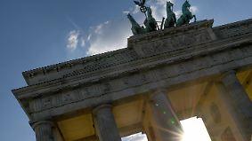 Blitz und Donner am Alpenrand: Sonne strahlt am Pfingstmontag vom Himmel
