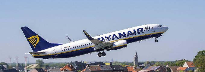 Europas größter Billigflug-Anbieter Ryanair bleibt weiterhin auf Wachstumskurs.