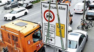 Umweltschützer bezweifeln Wirkung: Diese Strafen drohen durch Fahrverbote