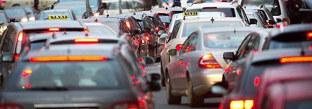 Diesel-Skandal ohne Ende: Autohersteller sollen aktiv Fehler offenlegen