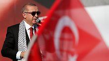 Nach Vergleich mit Hitler: Erdogan-Unterstützer bedrohen Magazin