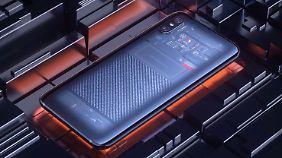 Die Explorer-Edition des Mi 8 mit transparenter Rückseite.