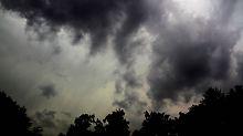 Erst Hitze, dann Unwetter: Heftige Gewitter breiten sich aus