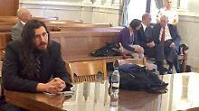 Michael Rotondo (li) war in einem Prozess zum Auszug verurteilt worden.