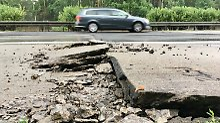 Hochsommerphänomen im Mai: Hitze lässt Autobahnen bröckeln