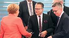 """""""Konkurs"""" des Bamf zugelassen: Merkel kannte Asyl-Missstände"""