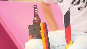 Von skurril bis unpraktisch: Schwarz-rot-goldene WM-Fanartikel überschwemmen den Handel