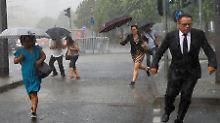 Flugausfälle und Gleissperrungen: Unwetter legen Großraum Frankfurt lahm