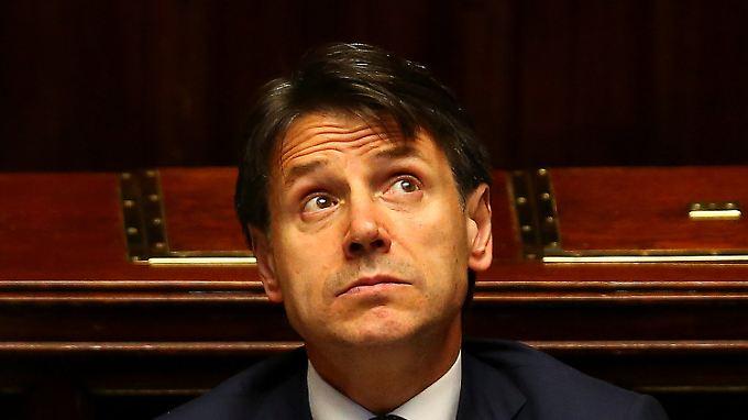 Richtlinienkompetenz? In der Praxis holt sich Conte lieber Rückendeckung vom Parteichef.