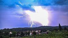 Wetterwoche im Schnellcheck: Erst Unwetter, dann endlich ruhiger