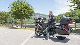 Pause mit der BMW K 1600 Grand America am Lake Lure.