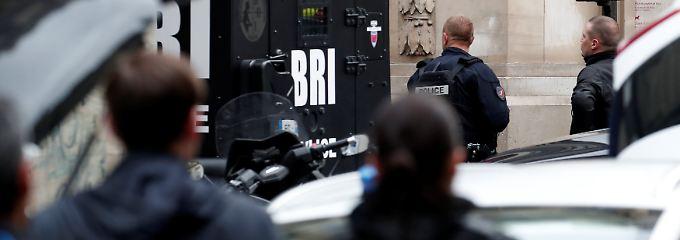 Die Polizei in Paris hat alle Hände voll zu tun.