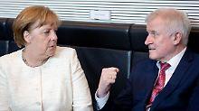 """Streit um Flüchtlingspolitik: """"Merkel muss Seehofer nachgeben"""""""