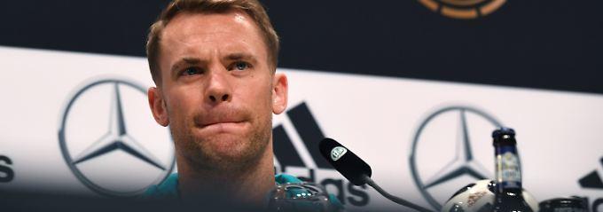Ja, es hat geknallt im deutschen WM-Quartier, bestätigt Kapitän Manuel Neuer.