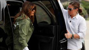 Rätselhafte Kleiderwahl: Melania Trump besucht Heim für Flüchtlingskinder