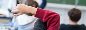 Fester Schulbetrieb in Gefahr: Lehrer warnen vor Chaos nach Sommerferien