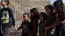 Umstrittene US-Praxis beendet: Einwandererkinder wieder bei ihren Eltern