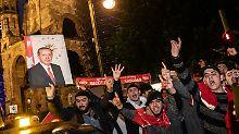 Zwischen Sorge und Jubel: Deutsch-Türken tief gespalten