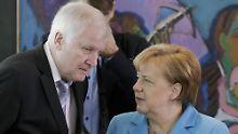 RTL/n-tv-Umfrage zur Asylpolitik: Merkel überzeugt mehr Wähler als Seehofer
